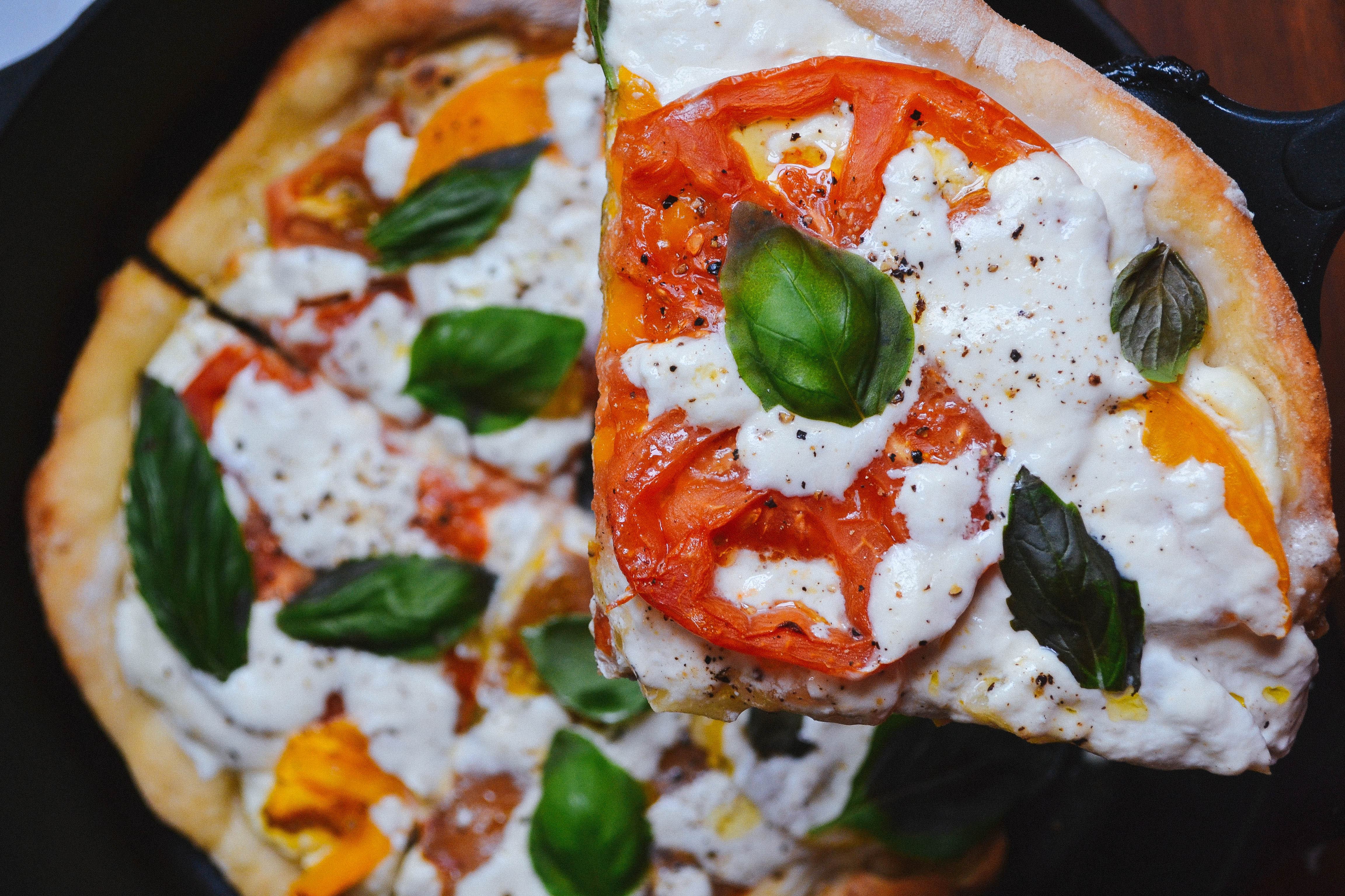 Heirloom & Burrata Cast-Iron Pizza